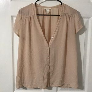 Silky blouse with buttons
